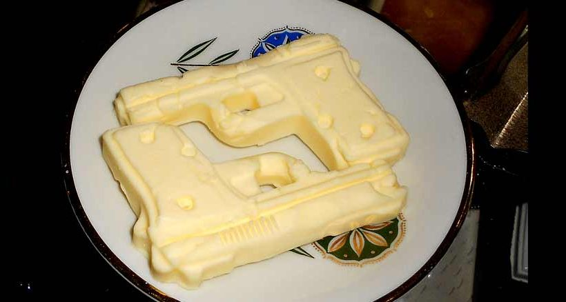 Revolver aus Butter